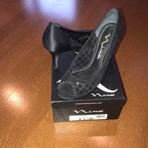 Nina black womens dress shoes size 8.5